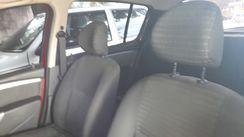 Renault Sandero Authentique 1.0 16V (Flex) 2013