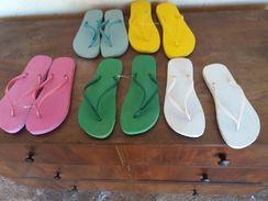 Vendo 50 Pares Novos de Sandálias Tipo Havaianas