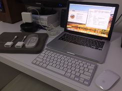 Macbook Pro 13 + SSD + 500Gb + Apple Keyboard + Magic Mouse