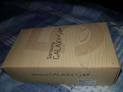 Samsung S5 16 Megapixels 2.5 Ghz
