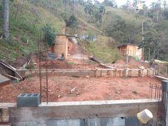 Meio Lote com 165M2 Localizado em Cajamar/sp