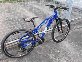 6845fd27ce9fd Bicicleta Voltec Semi Nova - Desapega