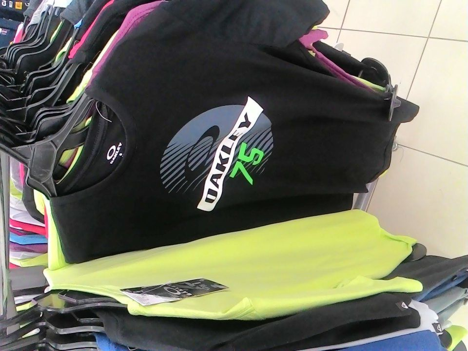 Camiseta Oakley Atacado - 10 Camisa Top as Mesmas Vendidas em Shopping.   3493ecb540