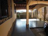 Casa com Piscina, 625M, na Caierias Excelente Negócio!