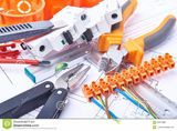 Instalações Elétricas. Reparos Elétricos. Materiais Elétricos.