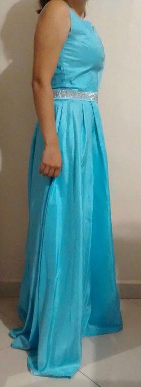 Vestido de festa na cor azul turquesa