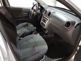 Volkswagen Voyage 1.6 Total Flex 2013
